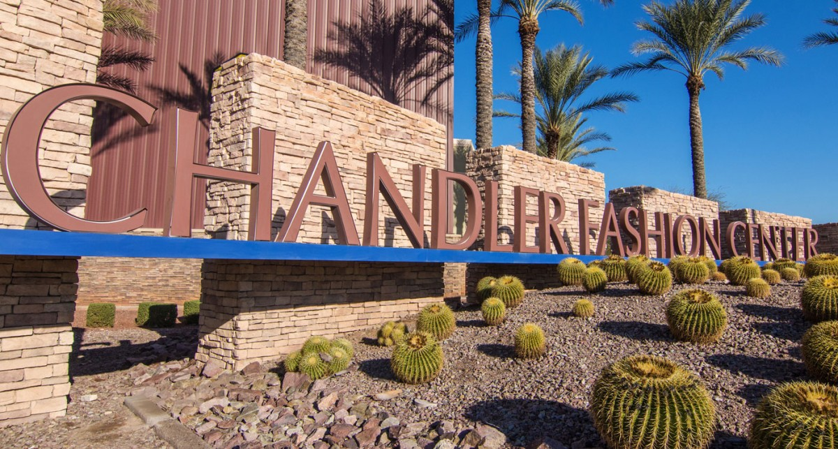 chandler-fashion-center-sign