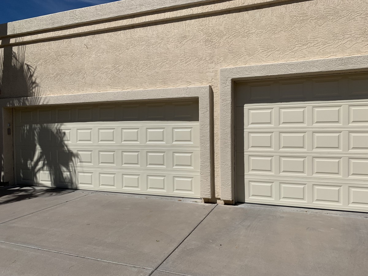 garage-door-clopay-chandler-85224